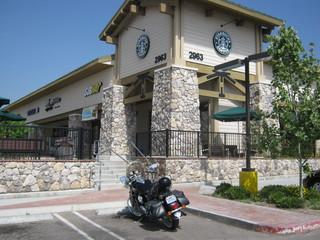 Les motocyclistes californiens et le social