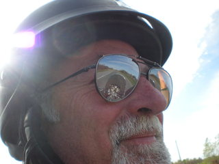 Les casques et le genre de moto