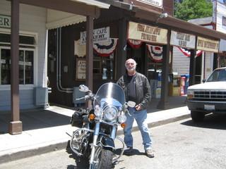 Faire de la moto 12 mois par année